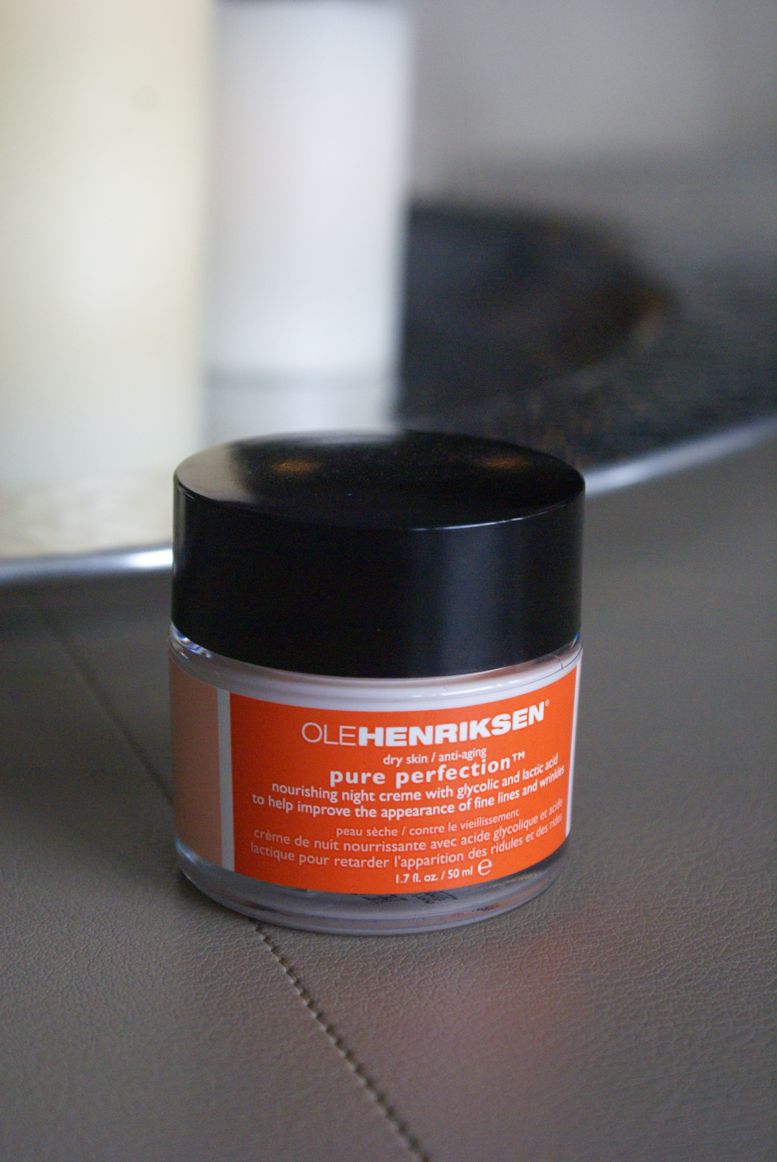 ole henriksen pure perfection review the other end of the brush. Black Bedroom Furniture Sets. Home Design Ideas